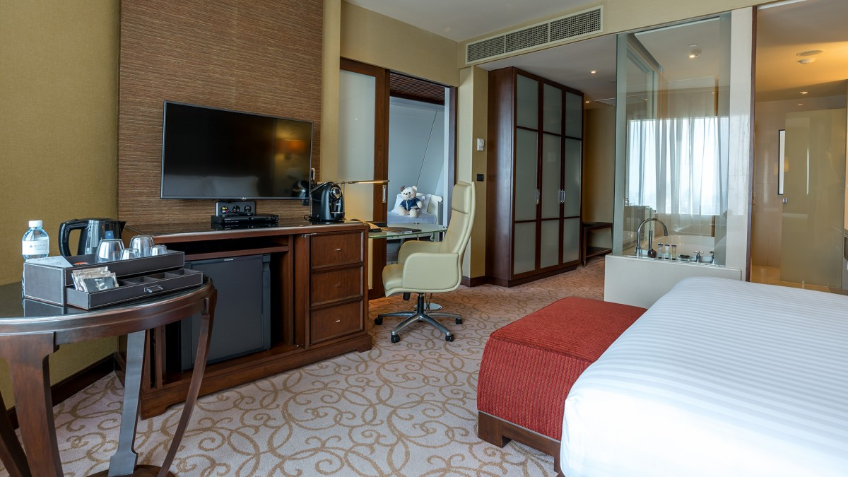 deluxe-executive-family-room